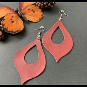 Plunder Retired NEW Kalani leather earrings
